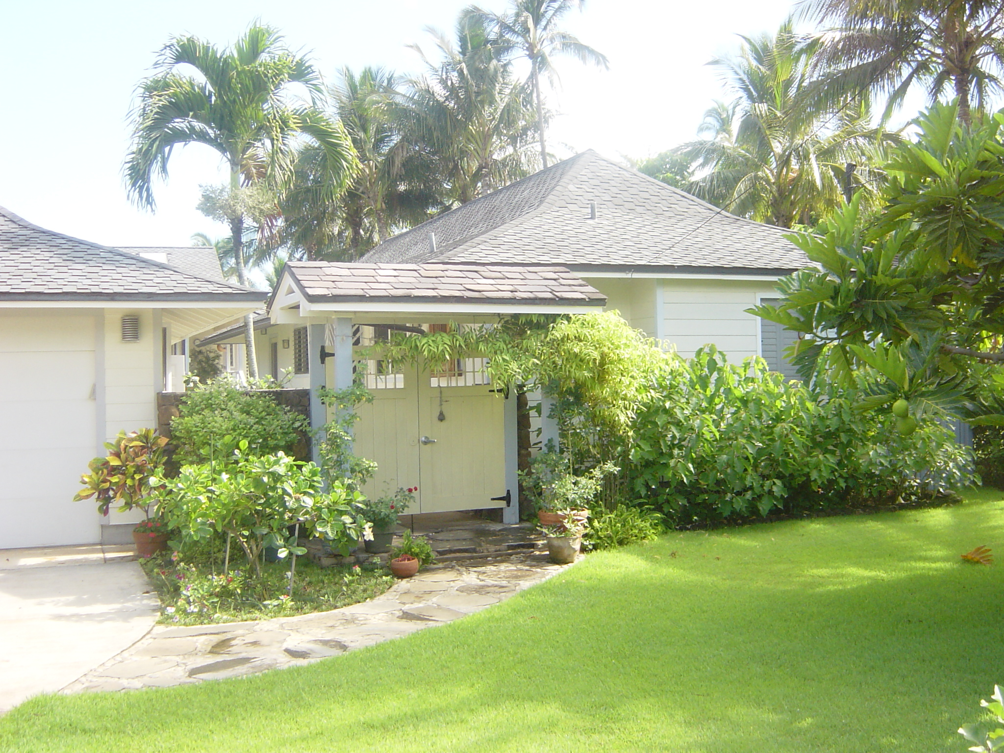 beachfront cottage on oahu u0027s north shore home exchange
