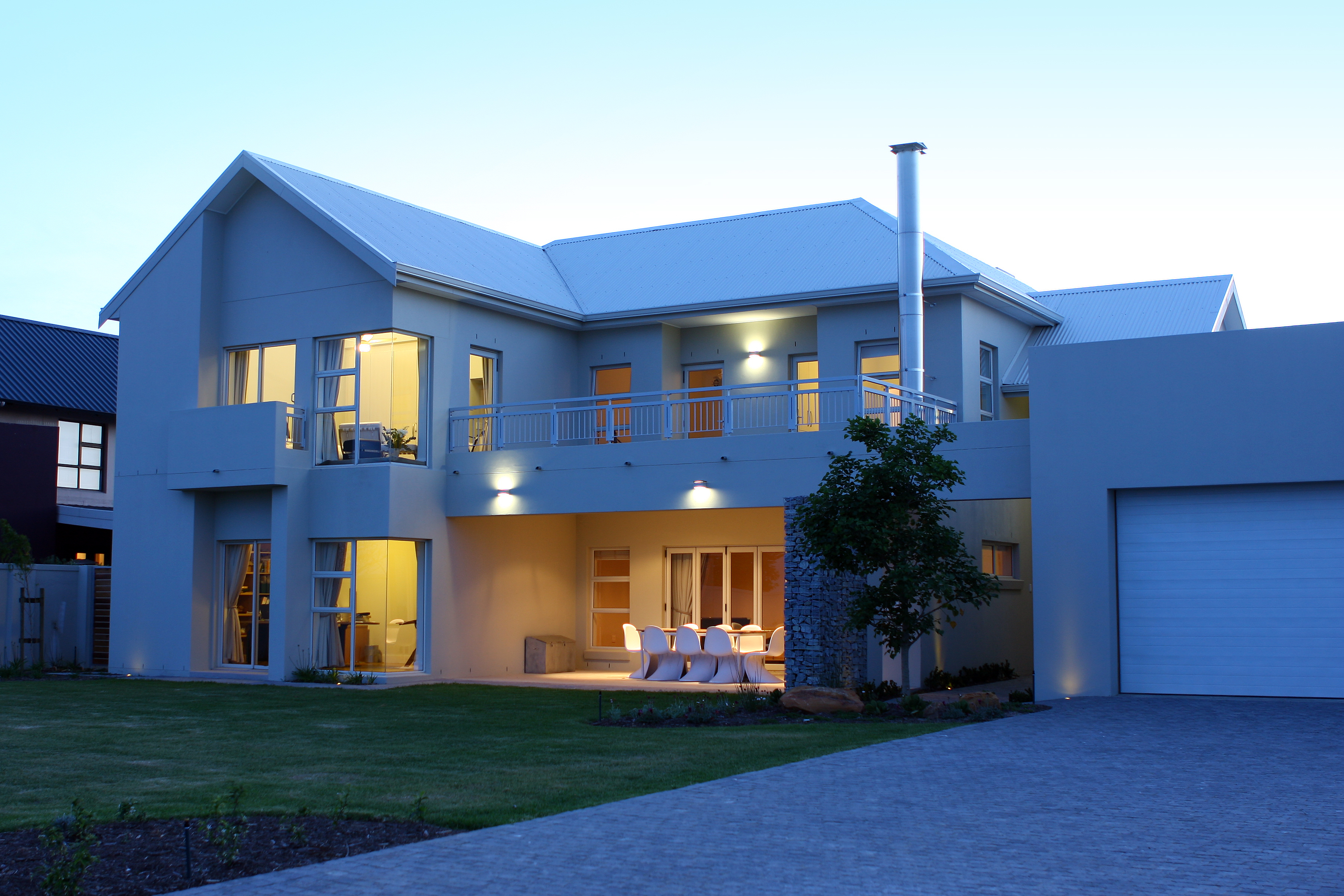 Modern spacious home (white roof); 1232m2 plot in 24hr security est ...
