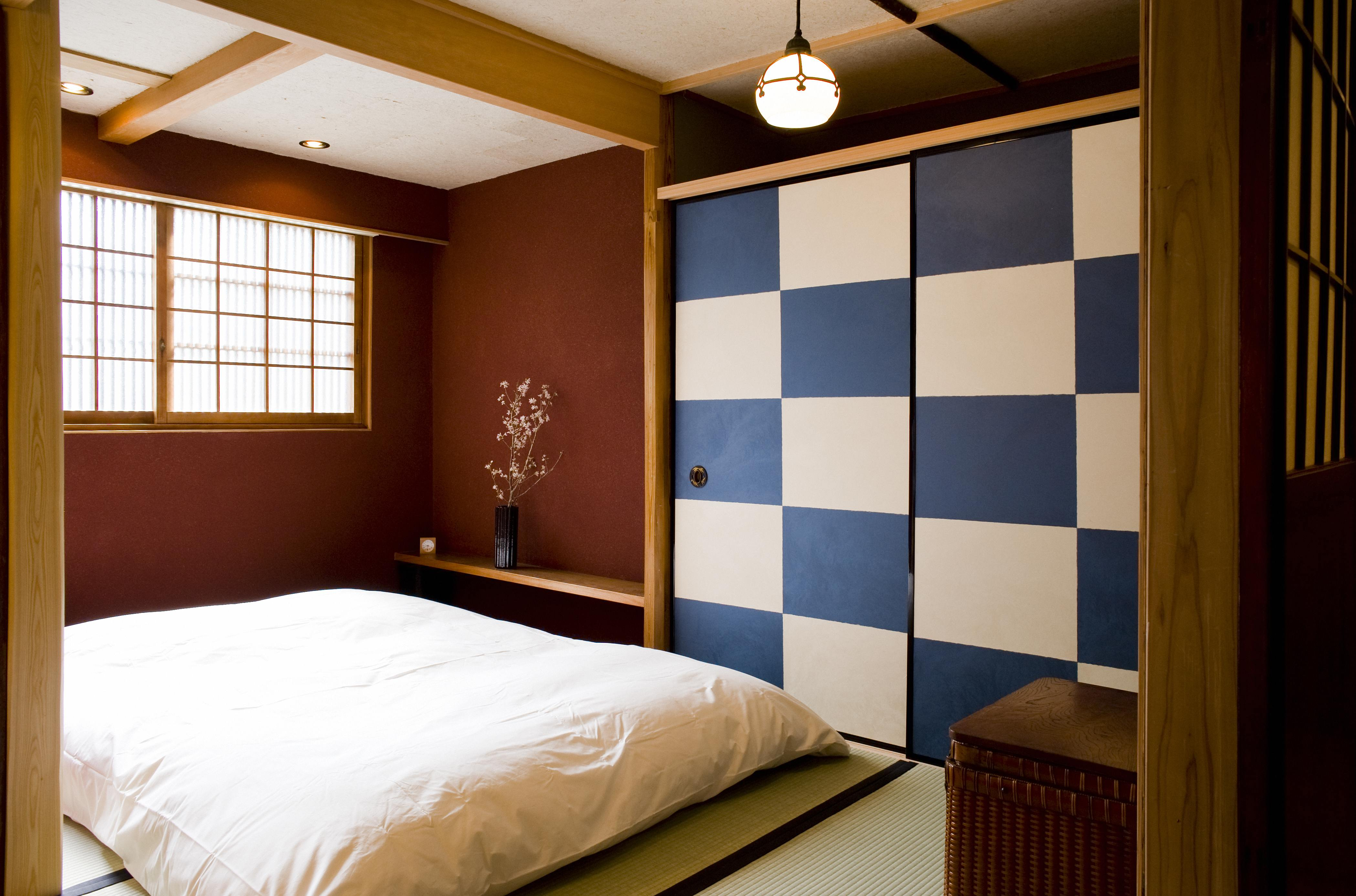 Traditional japanese house bedroom - Previous Next