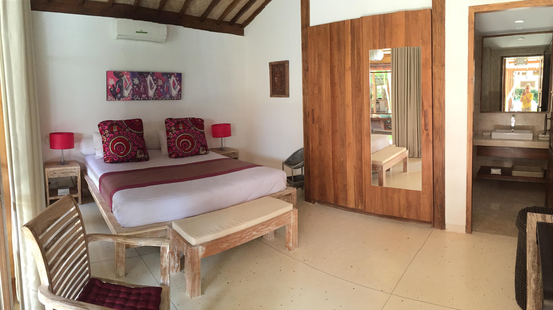 Salle De Bain Fermee ~ 3 bedroom stunning joglo villa canggu home exchange