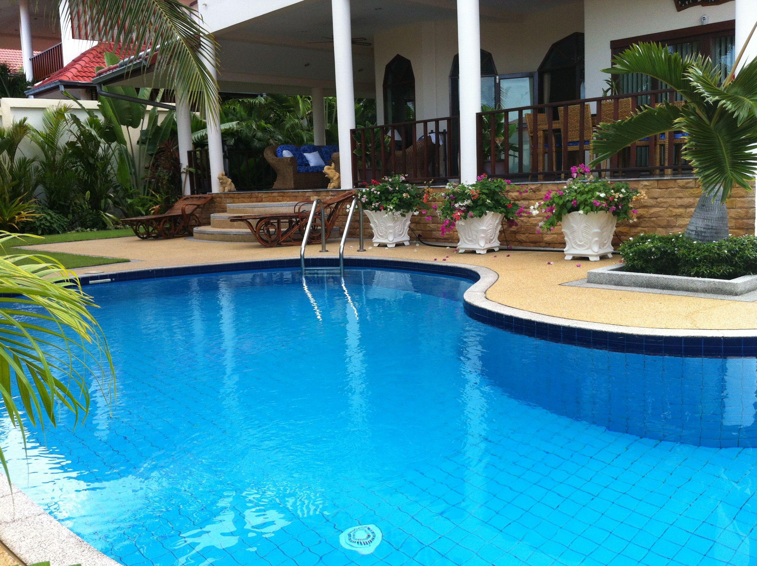 Stunning villa set in Thailand\'s royal beach & golf resort Hua Hin ...