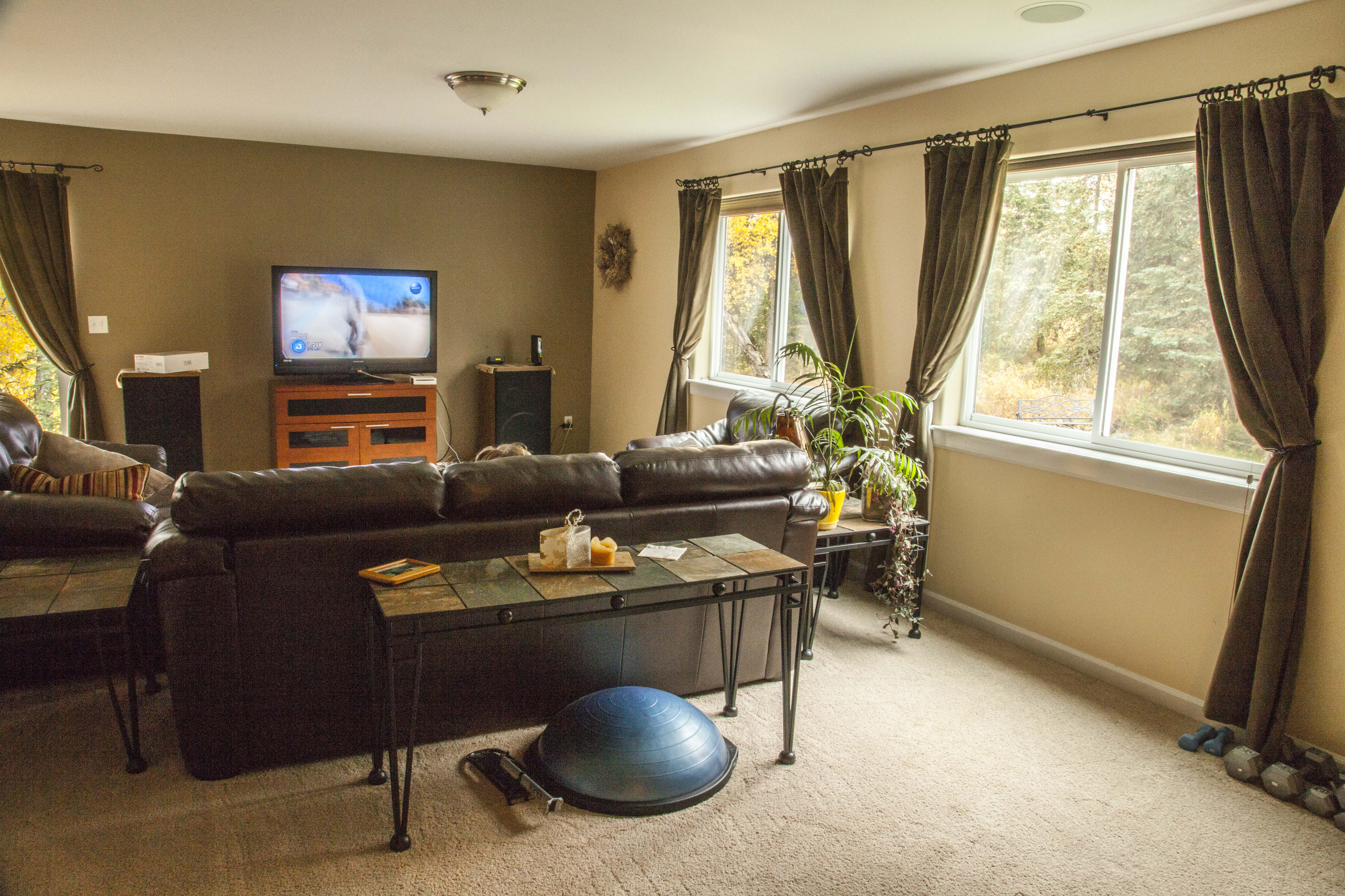 Beautiful, creekside home in South Anchorage - Home Exchange