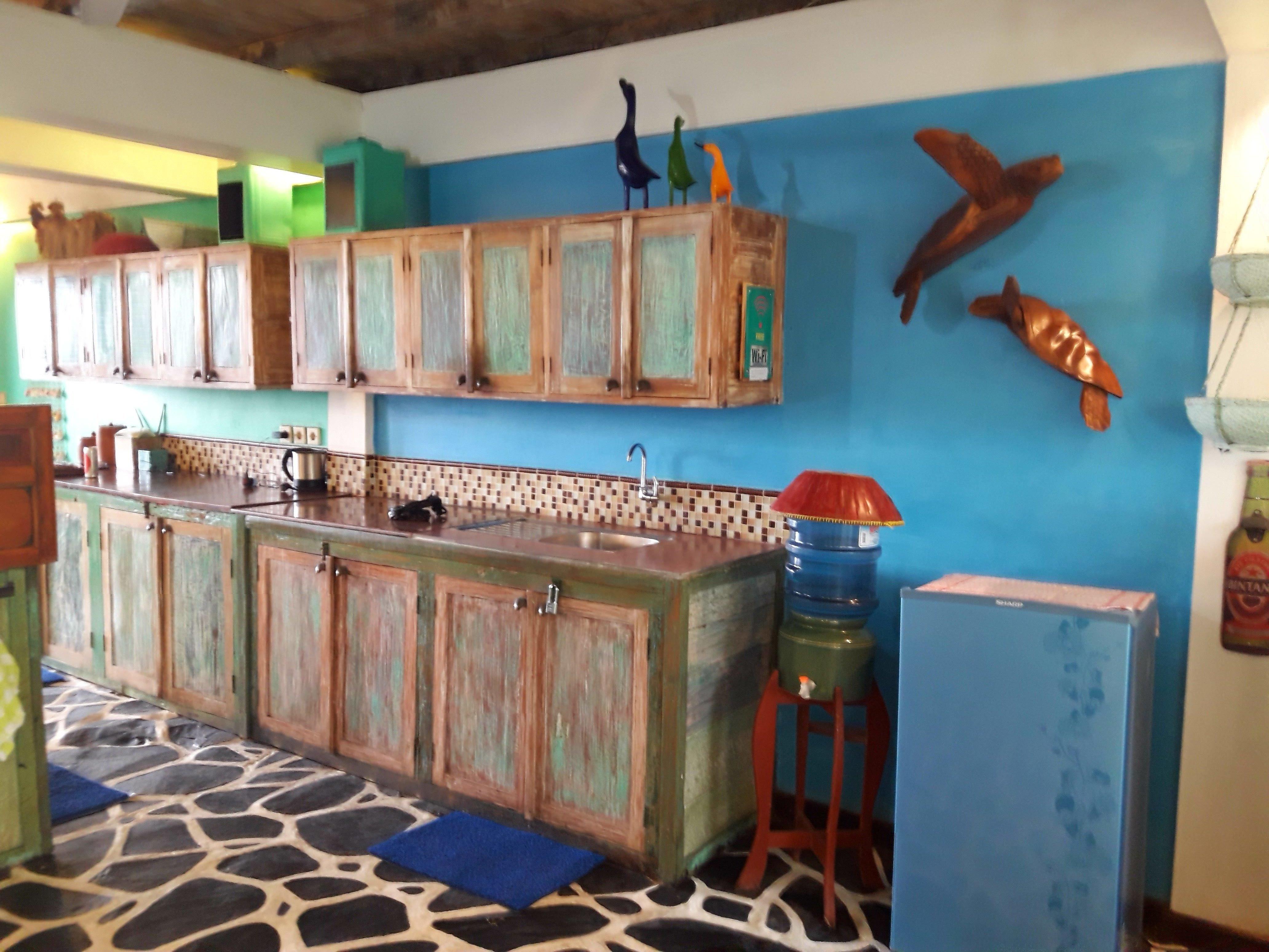 Kai\'s Beach House:a mainly antique wood house with funky decor ...