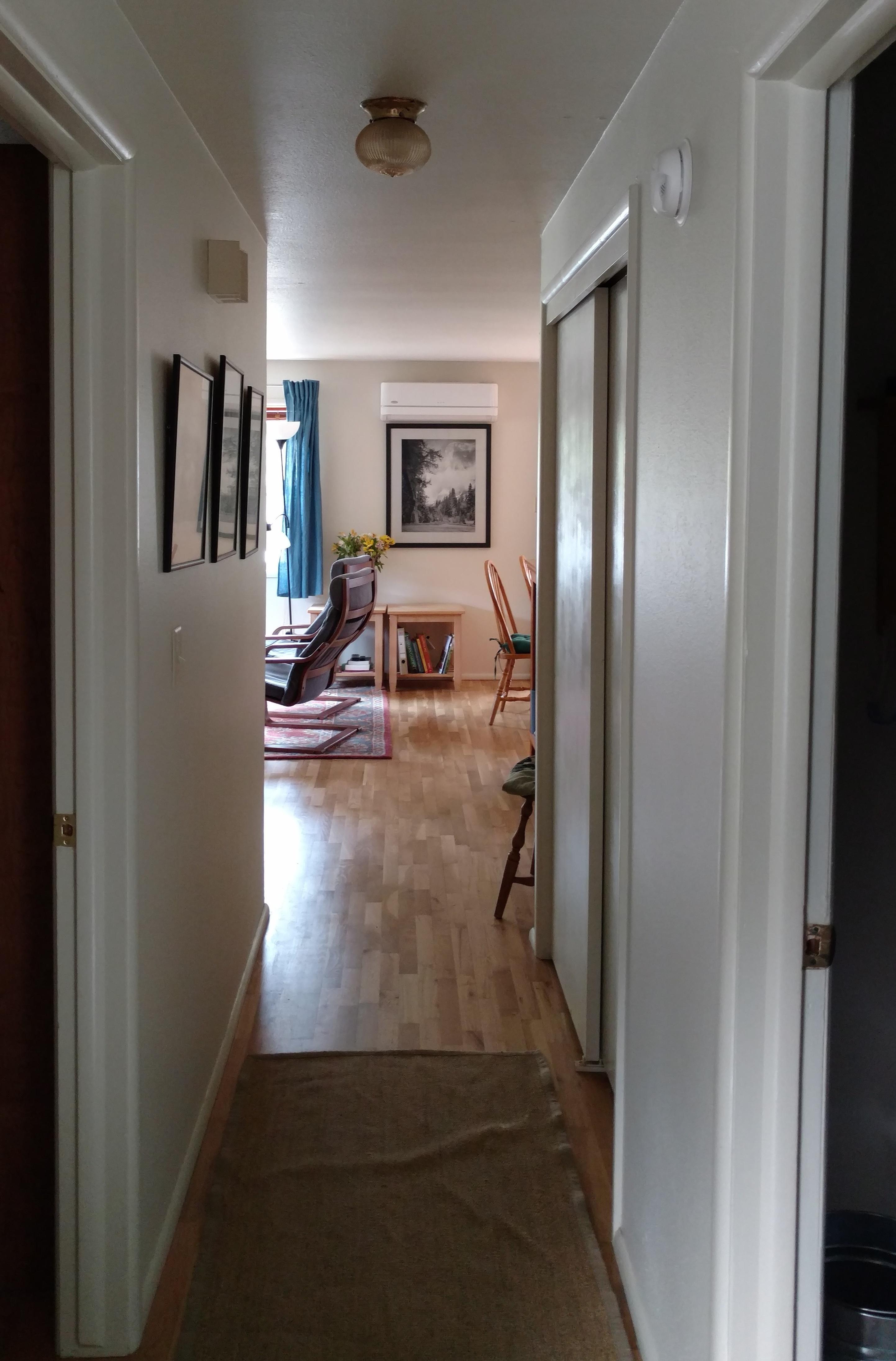 Charmantes Haus in lebhafter kleiner Stadt in Oregon, US-Westküste ...