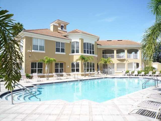 Vero Beach Florida Usa Near The Beach Pool Visit Miami Orlando