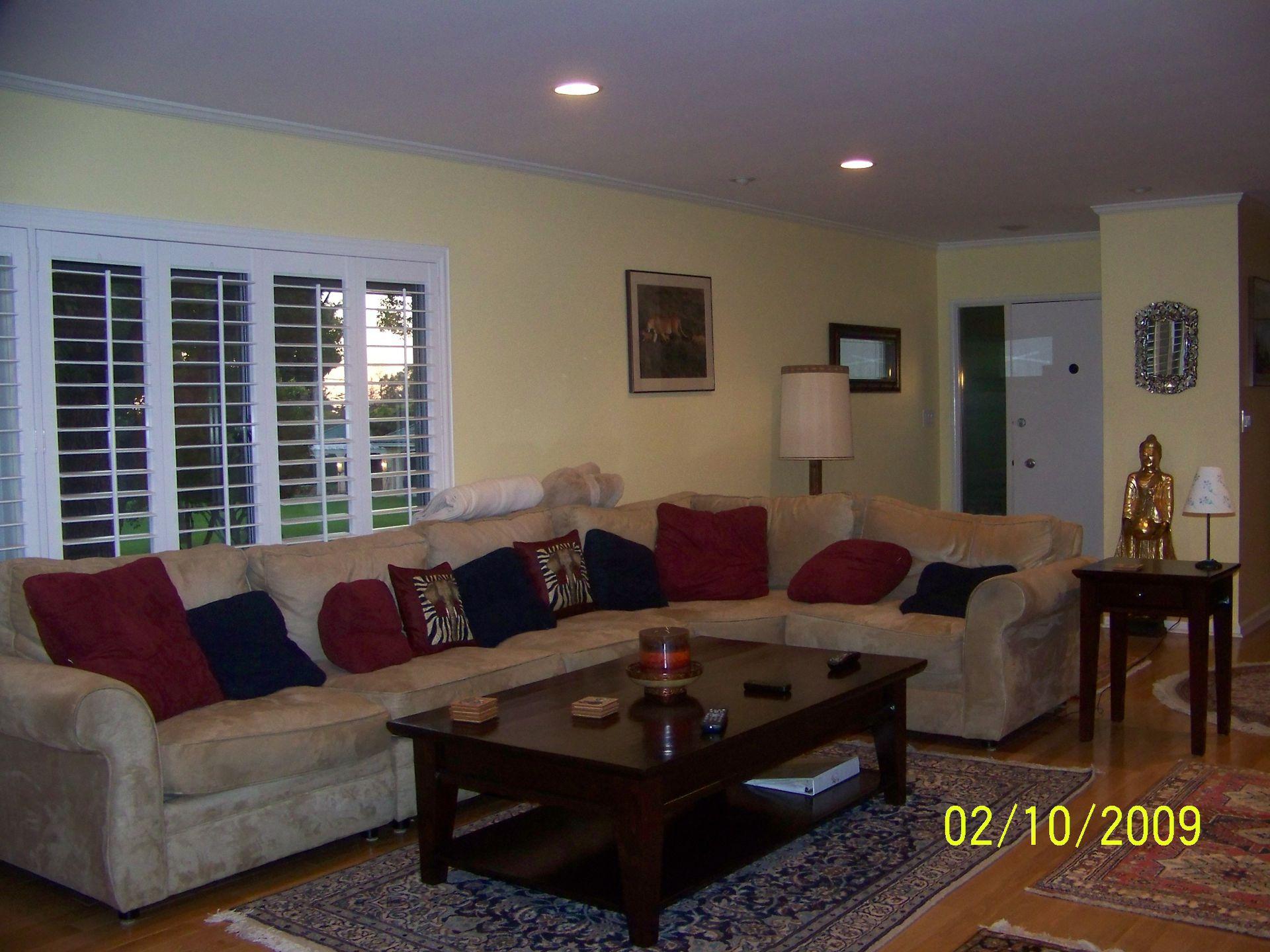 Elegant condominium in upscale neighborhood of Pasadena, Ca ...
