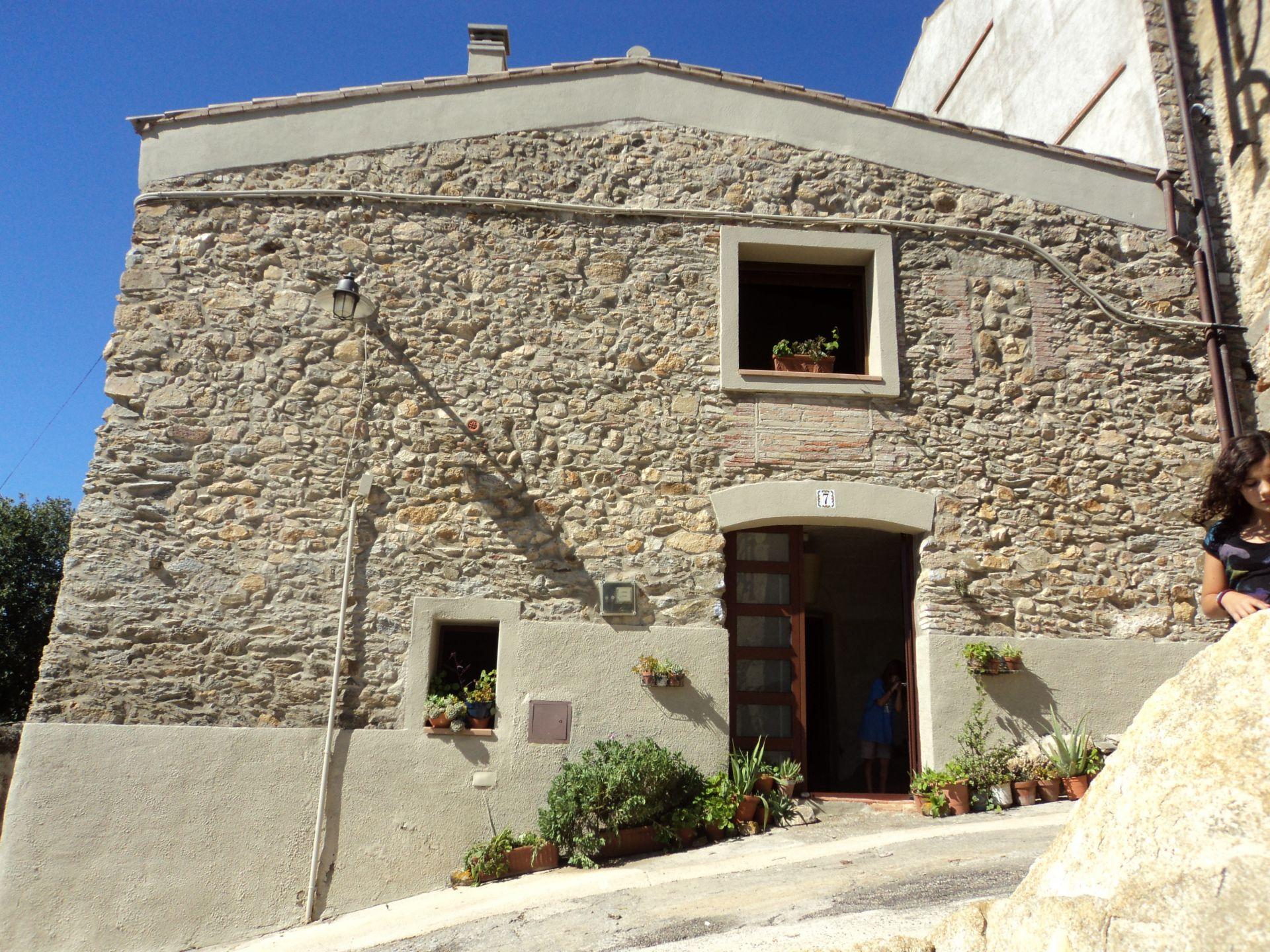 Casa de 1851 en PAU, Girona (Alt Empordà). Parque Natural Aiguamolls ...