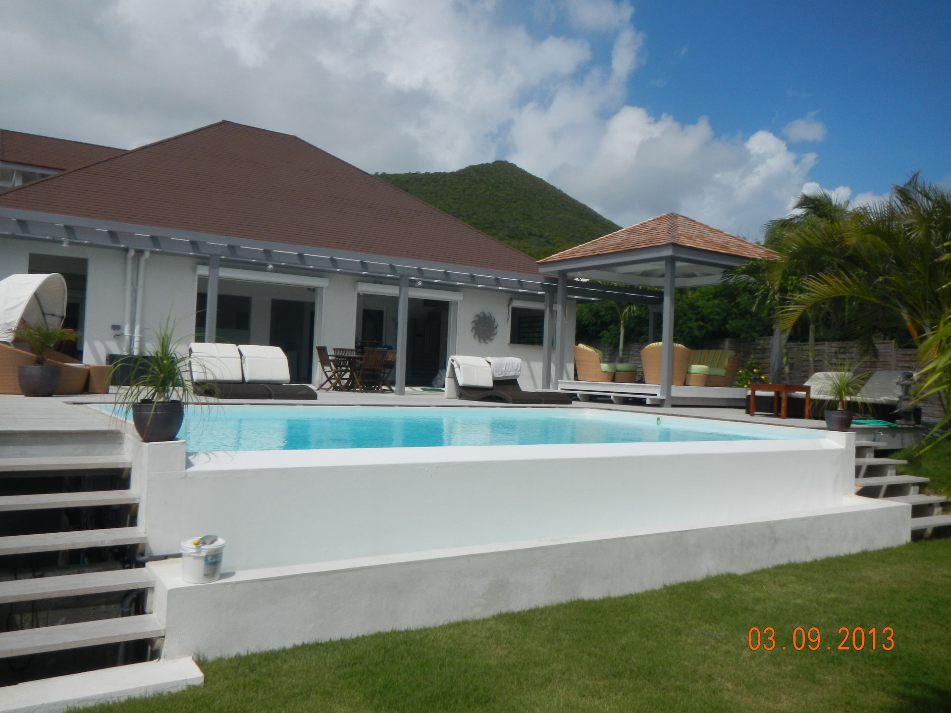 Spacious Villa With Swimming Pool In Saint Martin Orient Beach Resort
