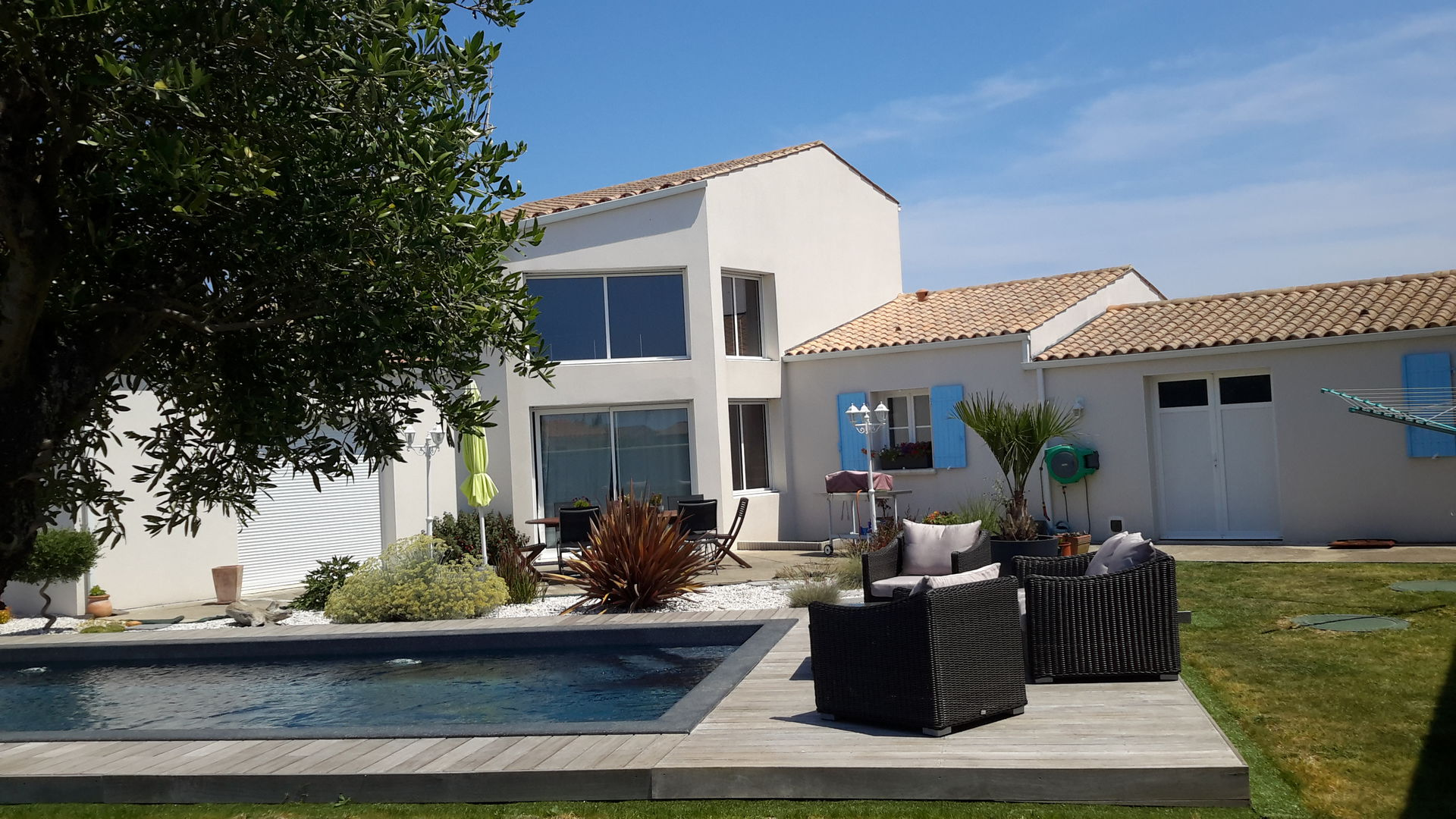 Maison Contemporaine Avec 4 Chambres A 10 Mn De La Rochelle Boligbytte