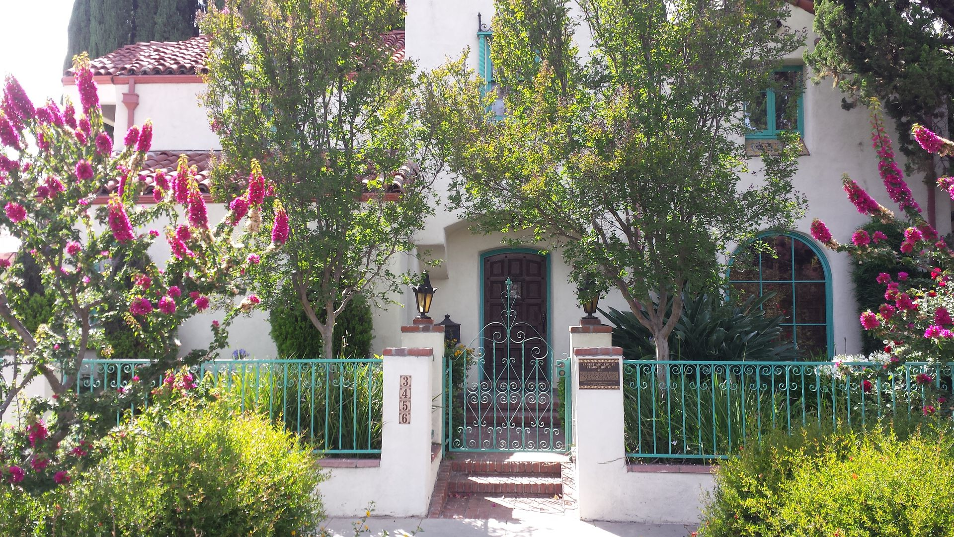 A Landmark Home In An Historic District Spanish Colonial Home