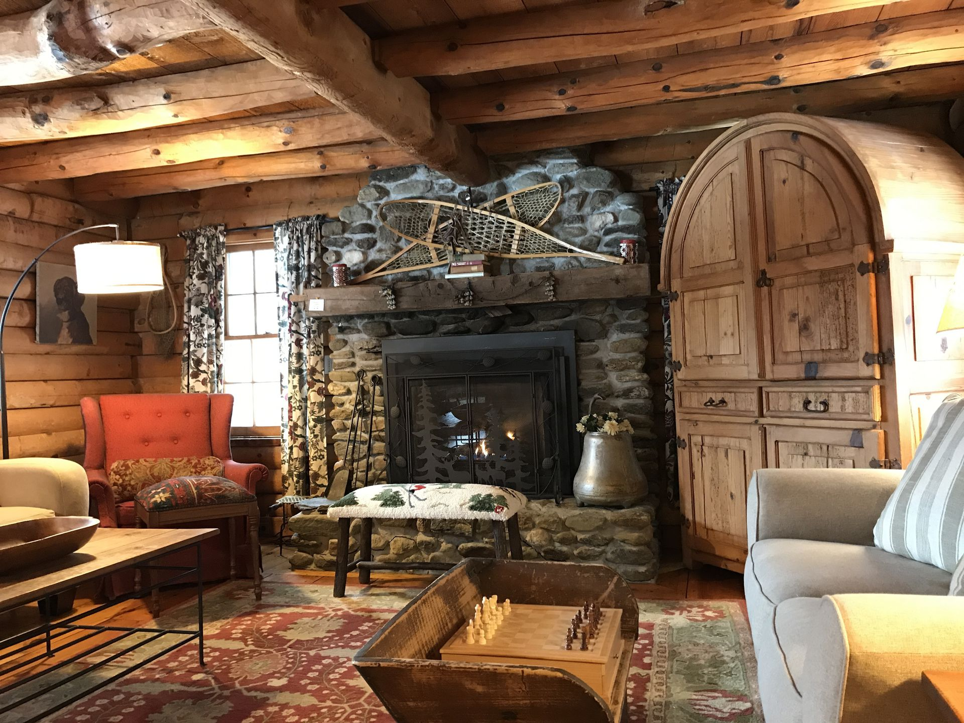 interior family guesthouses houses cabins vacation rentals top header vt in accommodations inn cabin guest mountain resort vermont