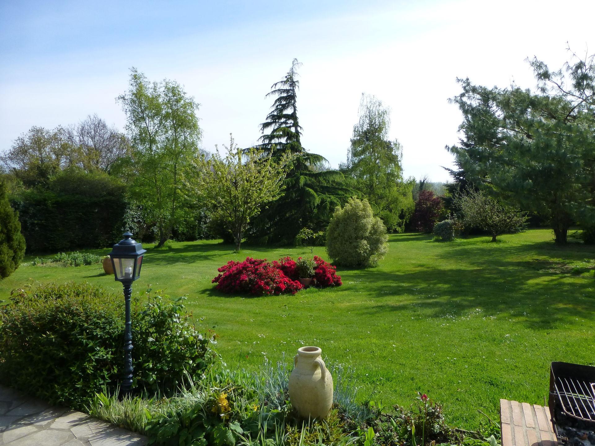 Maison située dans un grand parc Boligbytte