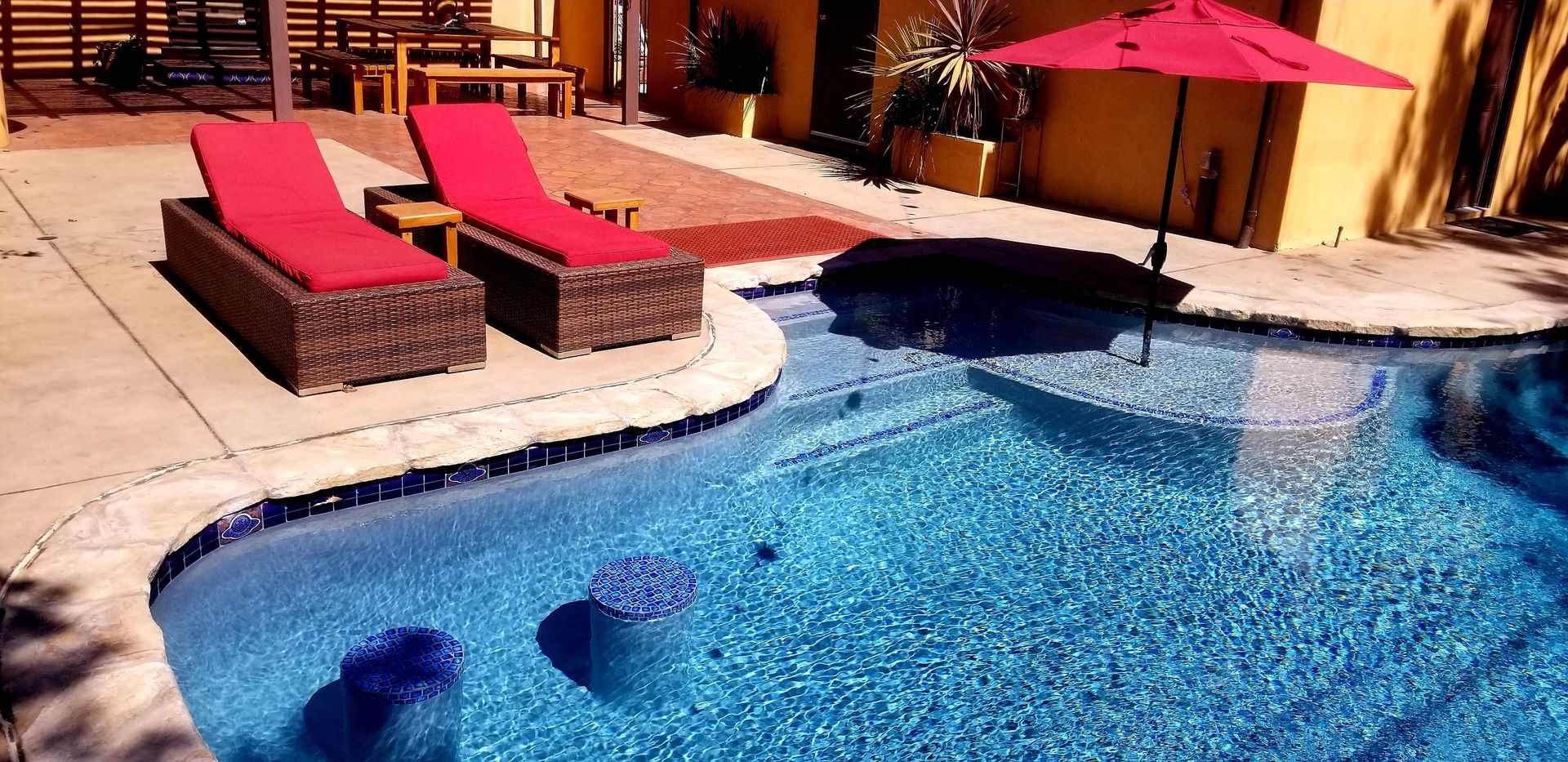 Spanish 3 bedroom home with entertainers backyard pool hot tub bbq ...