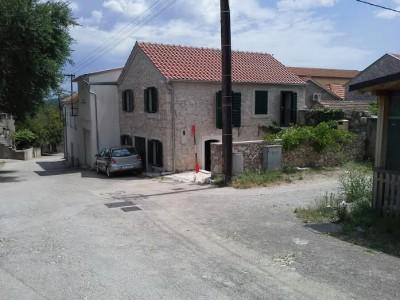 Dalmation stone Home