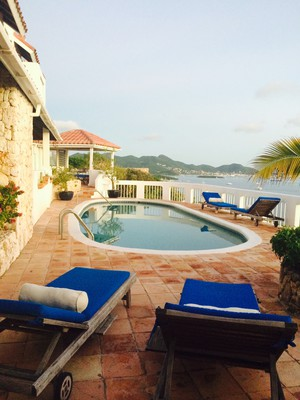 Luxury 4 BR overlooking the water/ private development in St. Martin