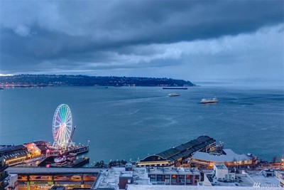 DOWNTOWN SEATTLE CONDO,  great location, fantastic views, 2bdrm, 2bath