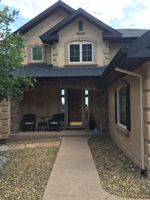 Beautiful Large Upscale View Home on large 1/2 acre lot.