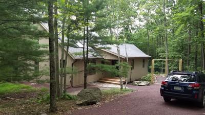 Spacious mountain retreat in the Poconos, Pennsylvania